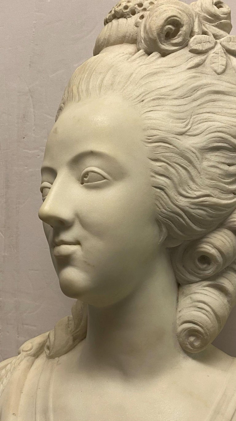 Hand-Carved French 19th Century Marie Antoinette Marble Bust For Sale