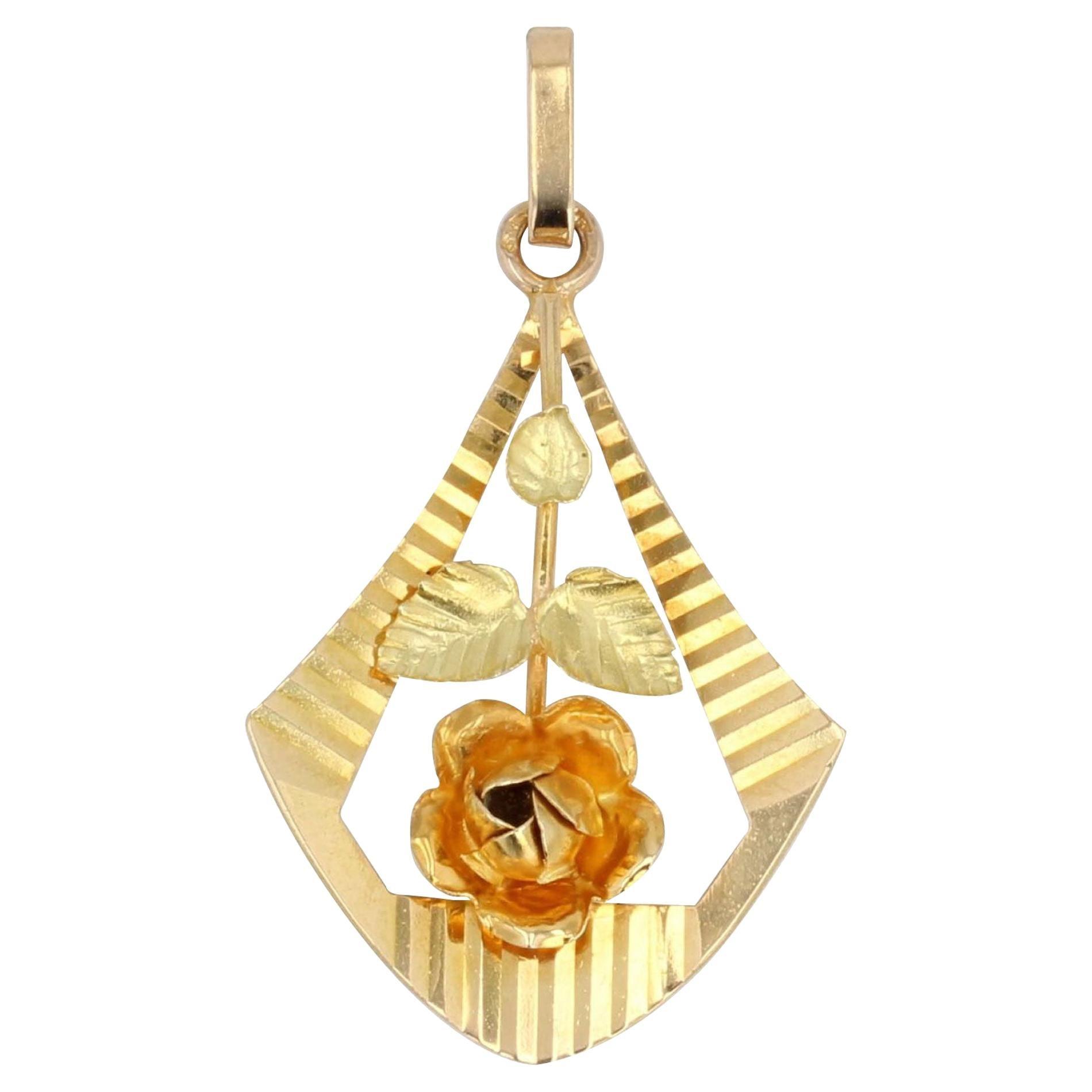 French 1900s 18 Karat Yellow Gold Rose Pendant
