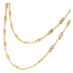 French 1900s 18 Karat Yellow Gold Shuttle Mesh Long Necklace