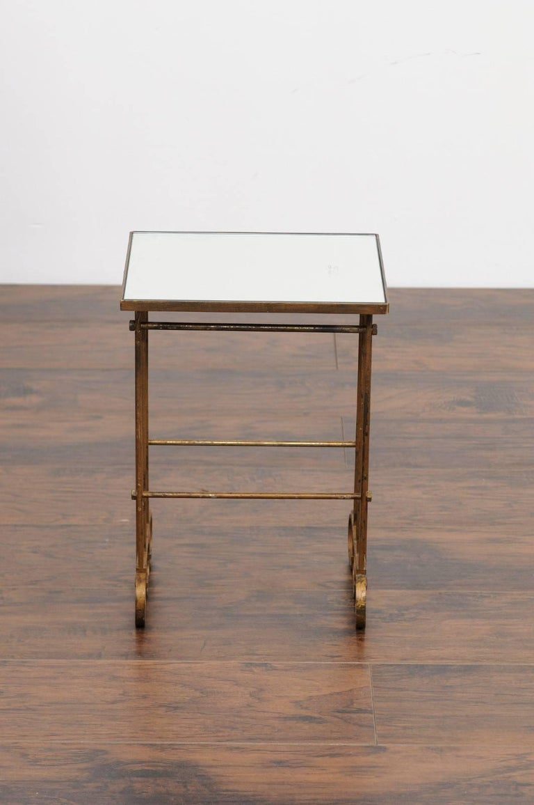 French 1900s Gilt Iron Drink Table with New Mirrored Top and Ring Motifs For Sale 3