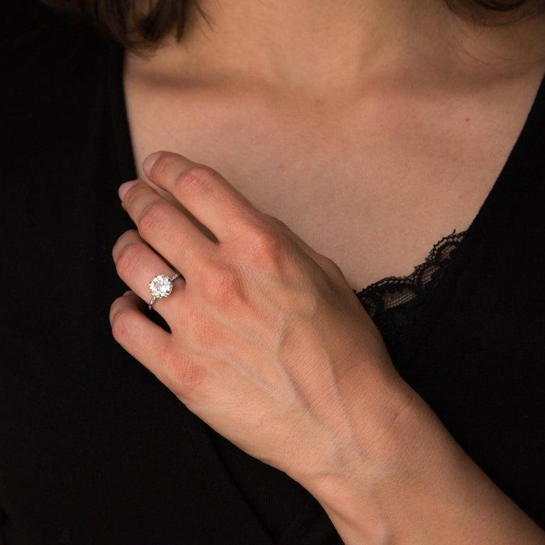 Belle Époque French 1920s 2.45 Carat Brilliant Cut Diamond Solitaire Platinum Ring For Sale