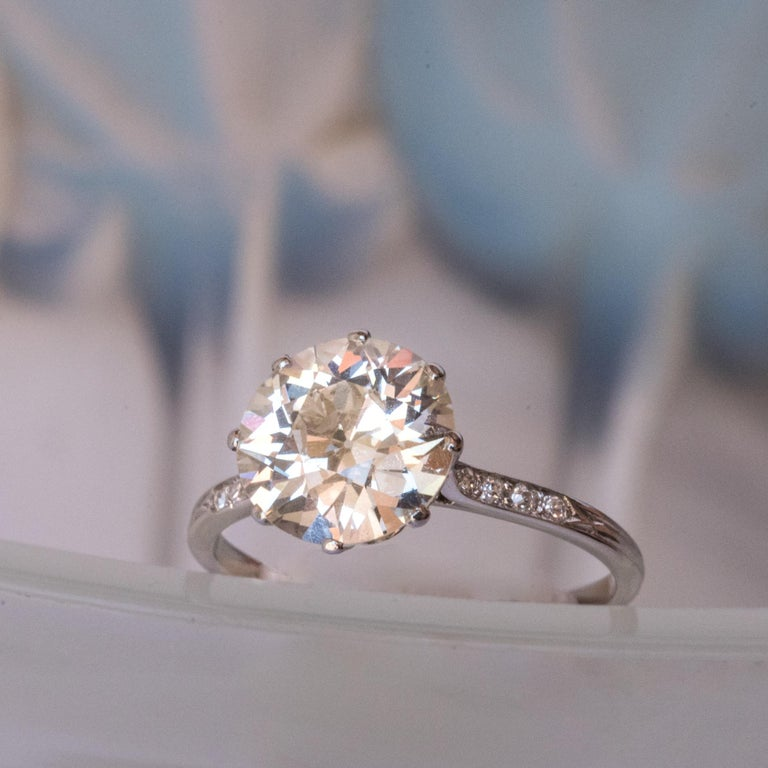 French 1920s 2.45 Carat Brilliant Cut Diamond Solitaire Platinum Ring For Sale 3