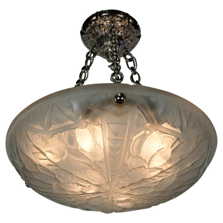 French 1920's Art Deco Chandelier by G. Viarme For Sale