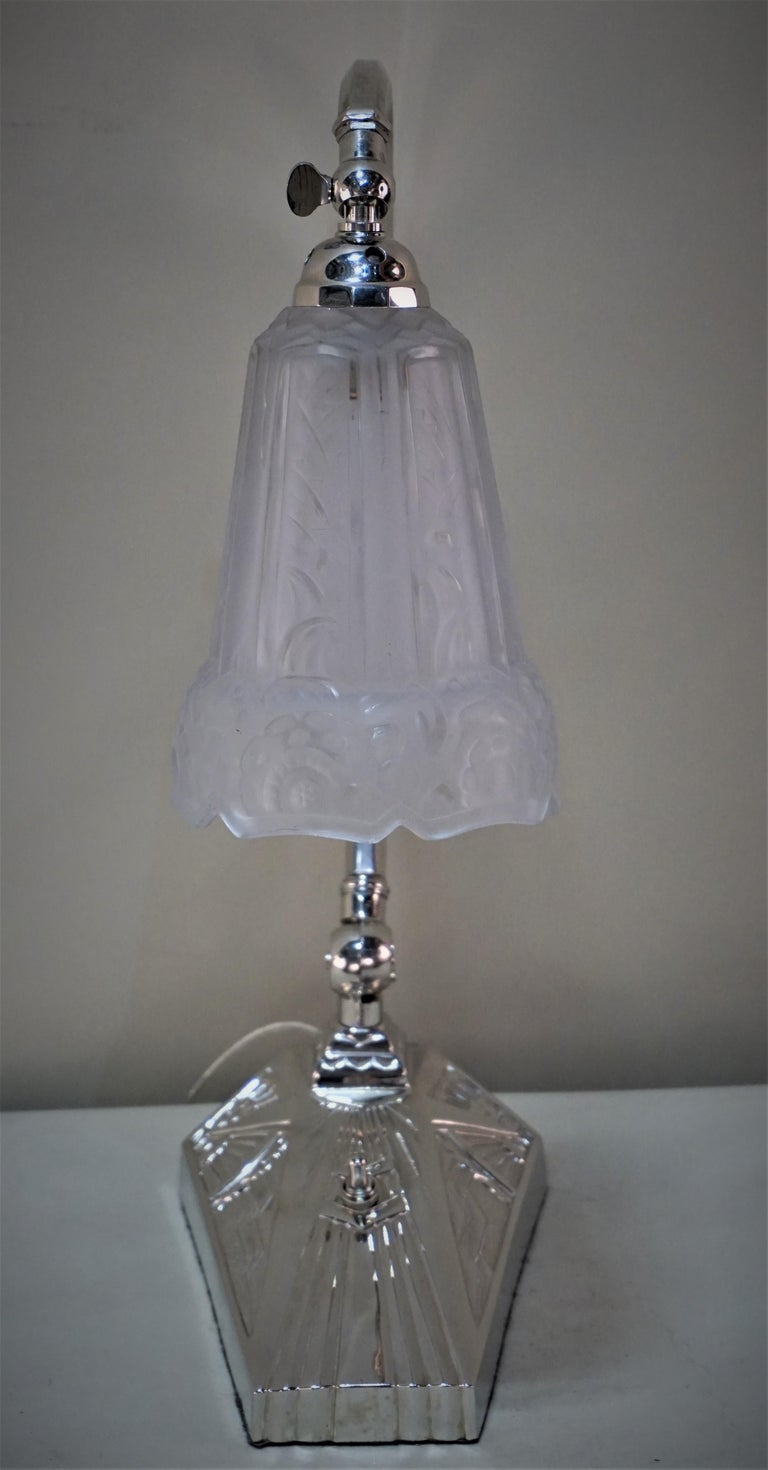 French 1920s Art Deco Table or Desk Lamp by Robert For Sale 5
