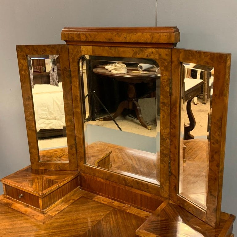 Early 20th Century French 1920s Dressing Table with Burr Walnut Banding and Bevelled Mirrors