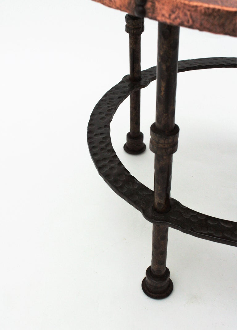 French 1920s Wrought Iron Low Drinks Table with Hammered Copper Round Top  For Sale 8