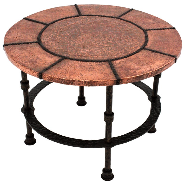 French 1920s Wrought Iron Low Drinks Table with Hammered Copper Round Top  For Sale