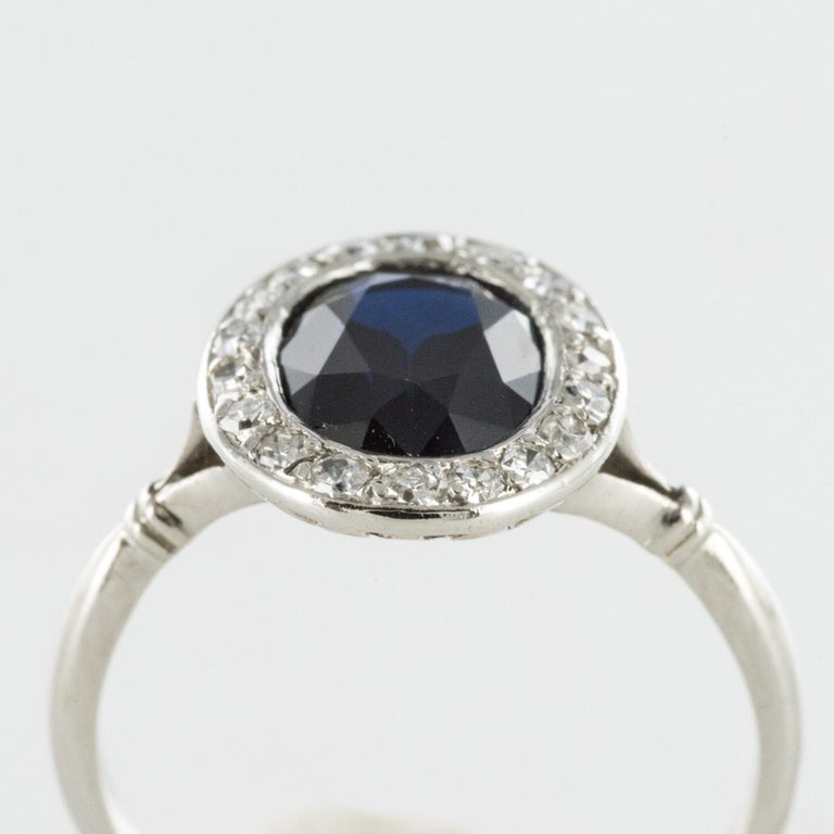 French 1925 Art Deco Sapphire Diamonds Platinum Oval Cluster Ring For Sale 3