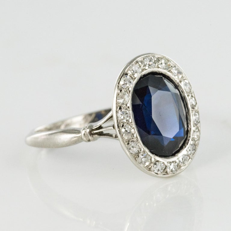 French 1925 Art Deco Sapphire Diamonds Platinum Oval Cluster Ring For Sale 5