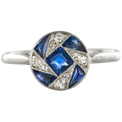 French 1925 Art Deco Sapphire Diamonds White Gold Round Ring