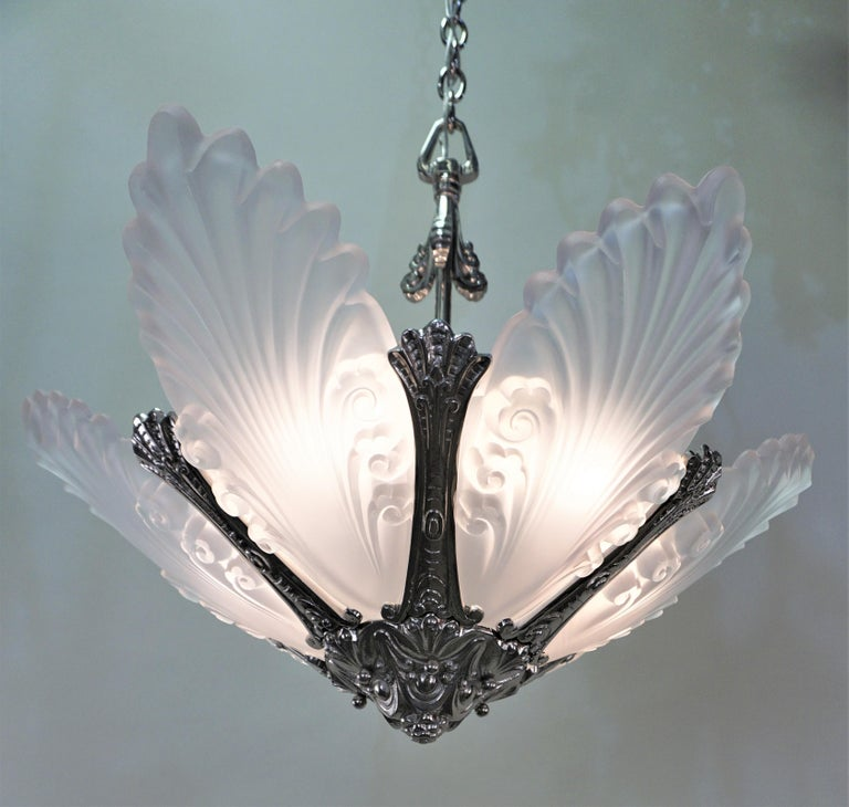 Glass French 1930s Art Deco Chandelier For Sale