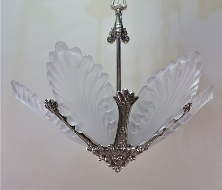 French 1930s Art Deco Chandelier For Sale 4