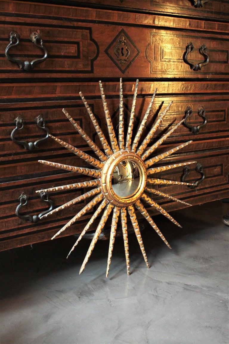 French 1930s Hollywood Regency Giltwood Starburst Sunburst Convex Mirror For Sale 8