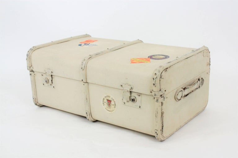 Bohemian French 1930s Mediterranean Antique Canvas and Wood Travel Trunk For Sale