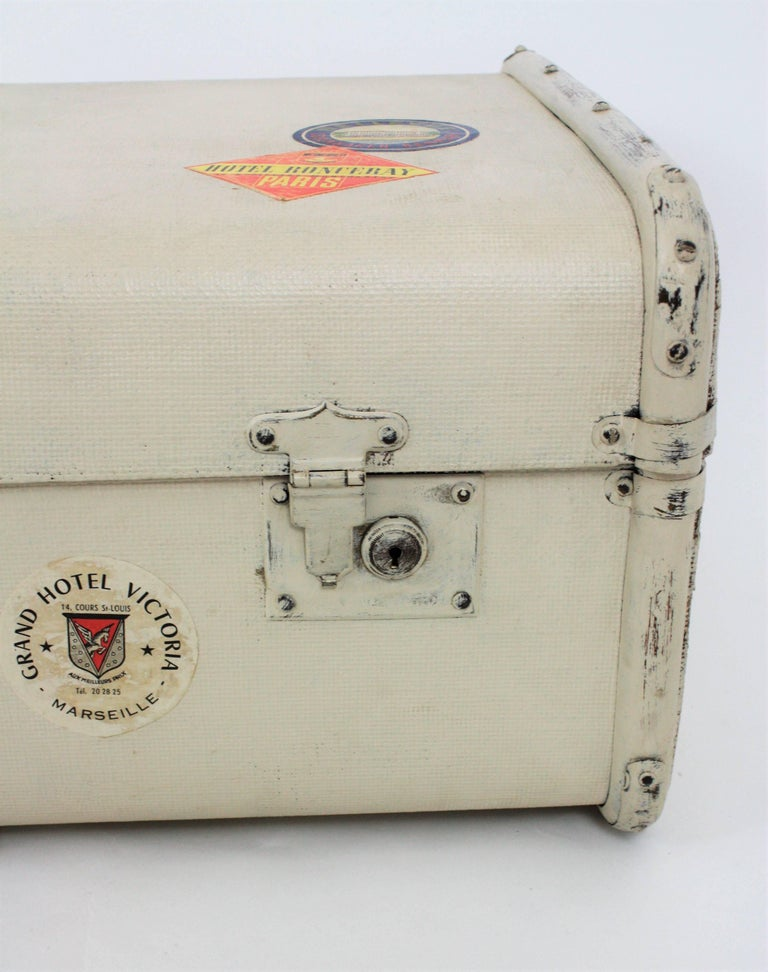Mid-20th Century French 1930s Mediterranean Antique Canvas and Wood Travel Trunk For Sale