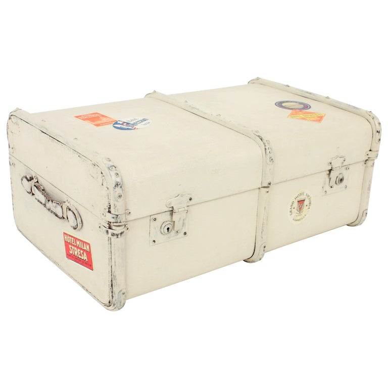 French 1930s Mediterranean Antique Canvas and Wood Travel Trunk For Sale