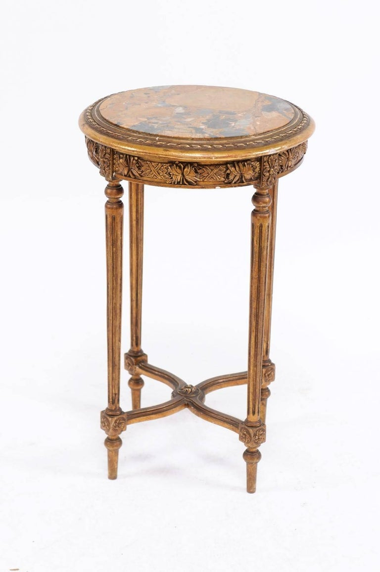 French 1930s Neoclassical Style Gilded Guéridon Table with Variegated Marble Top In Fair Condition For Sale In Atlanta, GA