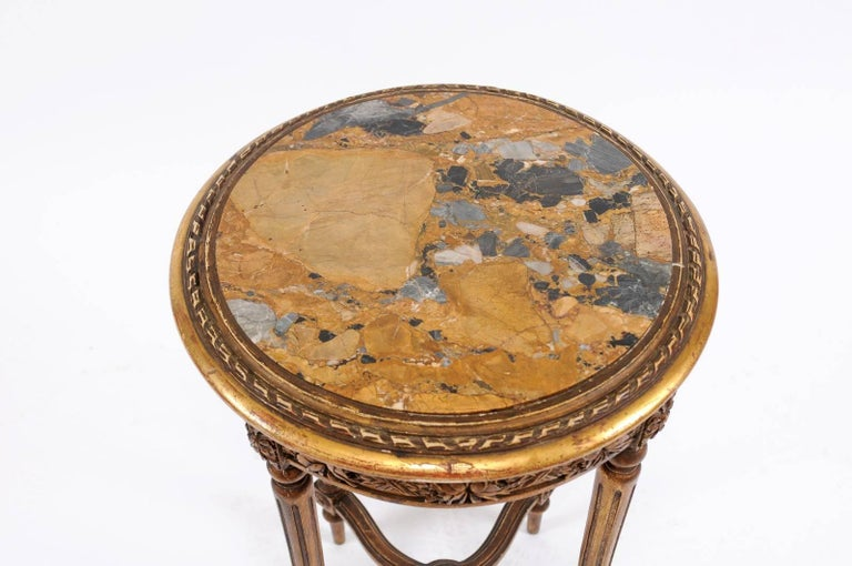 20th Century French 1930s Neoclassical Style Gilded Guéridon Table with Variegated Marble Top For Sale