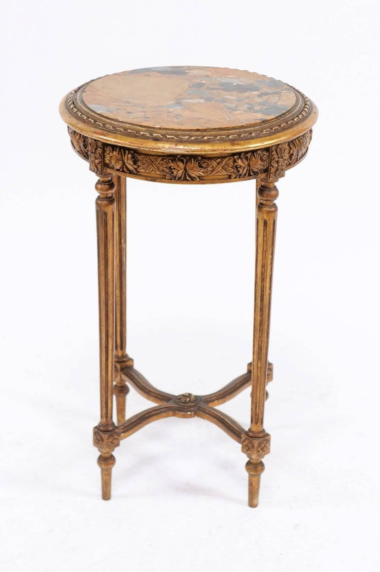 French 1930s Neoclassical Style Gilded Guéridon Table with Variegated Marble Top For Sale 2