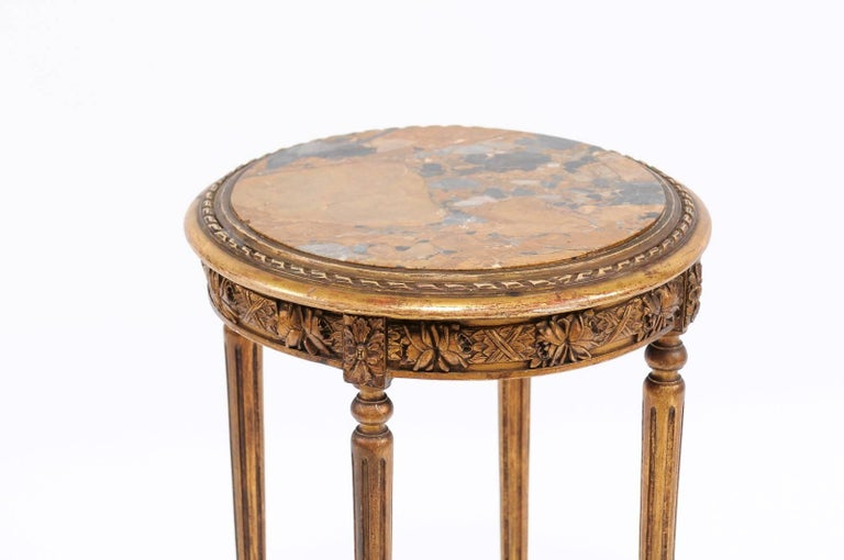 French 1930s Neoclassical Style Gilded Guéridon Table with Variegated Marble Top For Sale 4