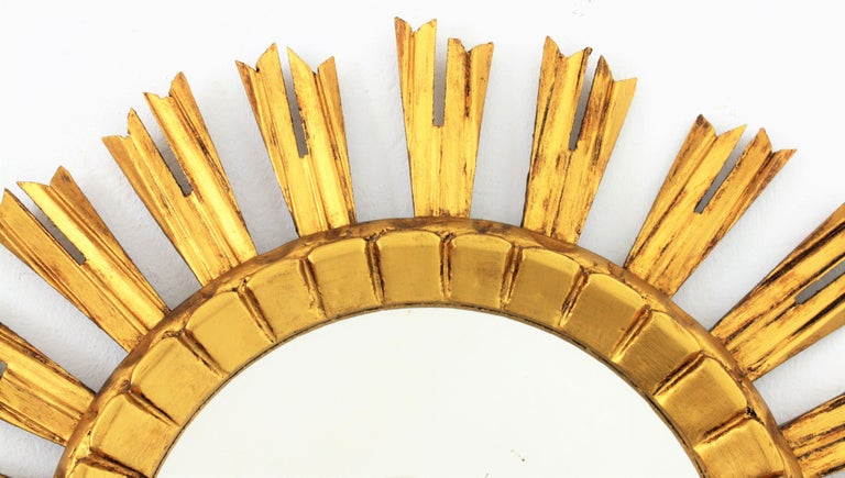 French 1930s Sunburst Mirror in Giltwood, Baroque Style For Sale 1