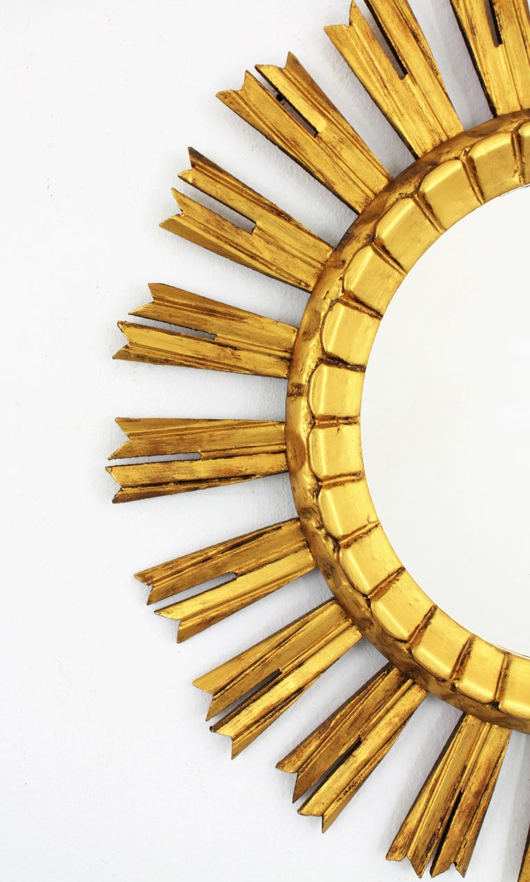 French 1930s Sunburst Mirror in Giltwood, Baroque Style For Sale 2