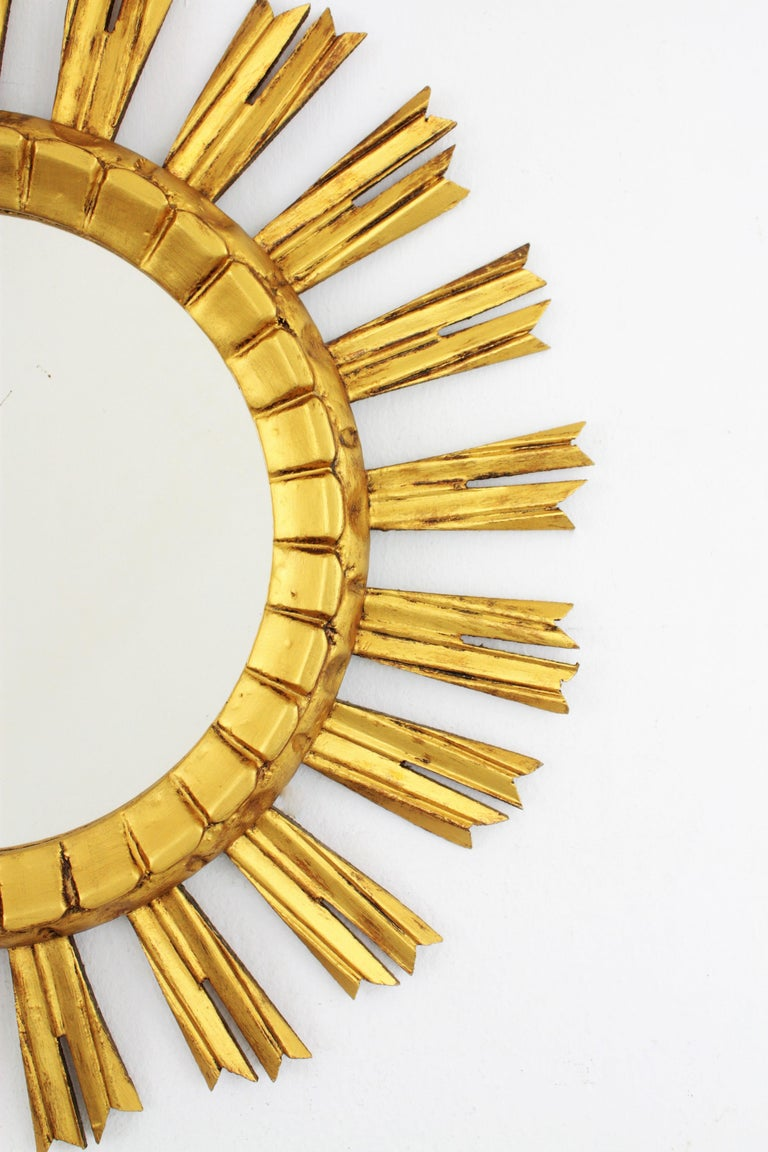 French 1930s Sunburst Mirror in Giltwood, Baroque Style For Sale 3
