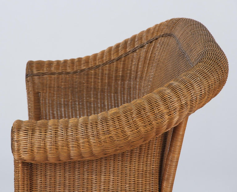 French 1930s Wicker Sofa For Sale 10