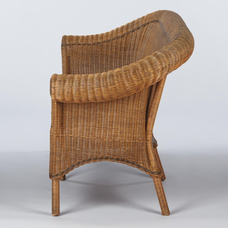 French 1930s Wicker Sofa For Sale 11