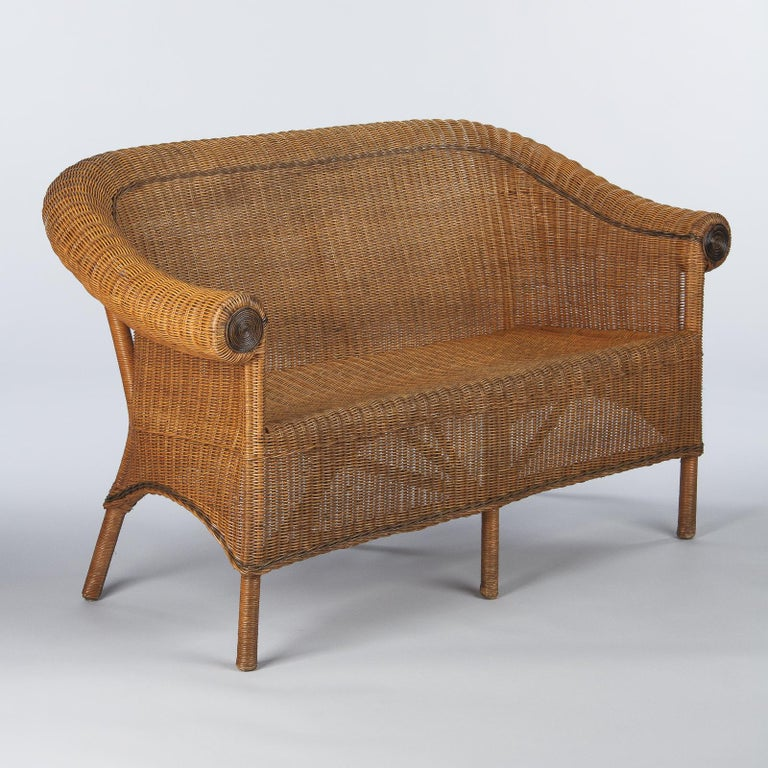 French 1930s Wicker Sofa In Good Condition For Sale In Austin, TX