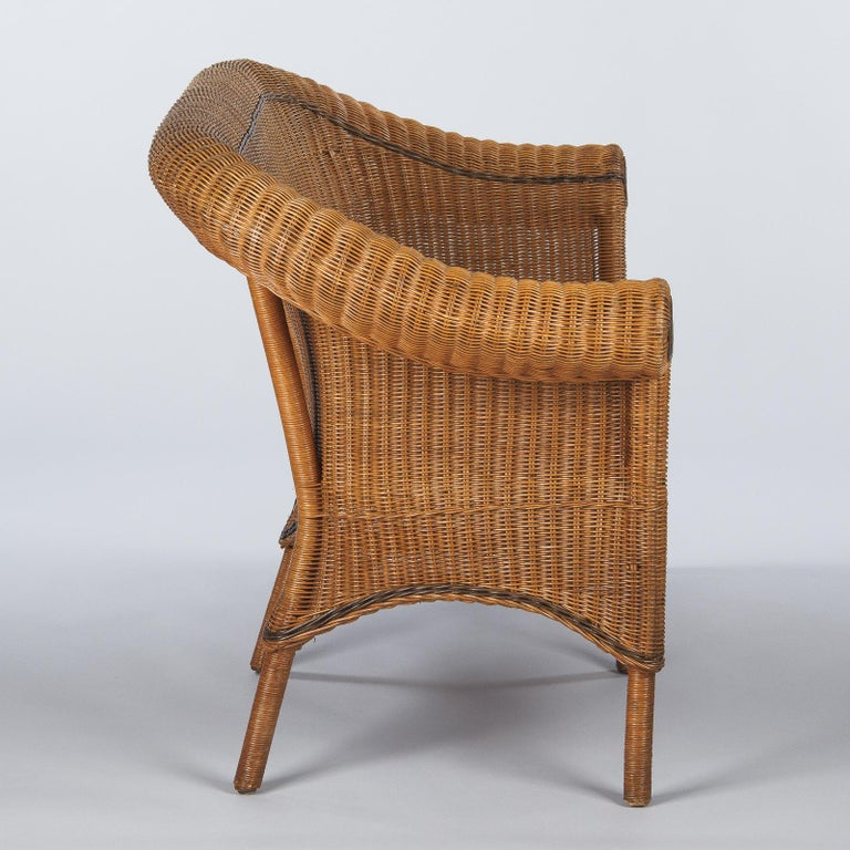 20th Century French 1930s Wicker Sofa For Sale