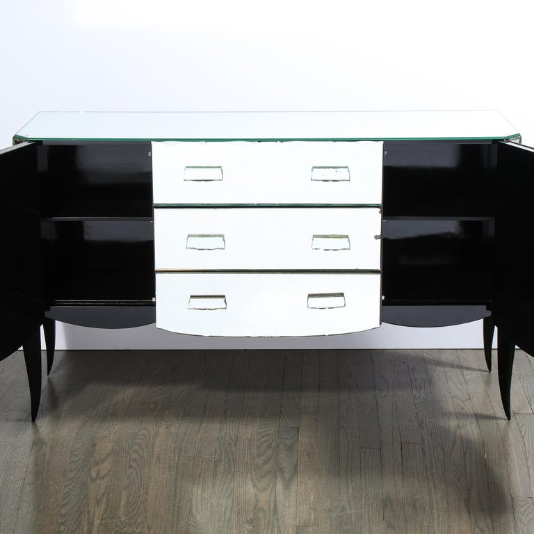 French 1940s Art Deco Beveled Mirrored Chest with Ebonized Walnut Cabriolet Legs For Sale 1