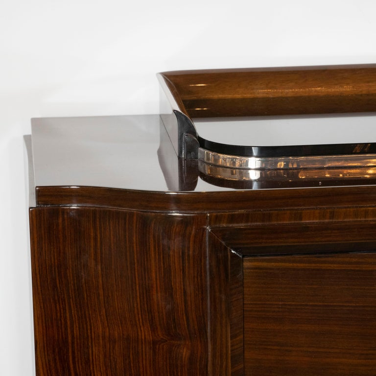 French 1940s Art Deco Bookmatched Walnut Sideboard with Nickeled Bronze Details In Excellent Condition For Sale In New York, NY