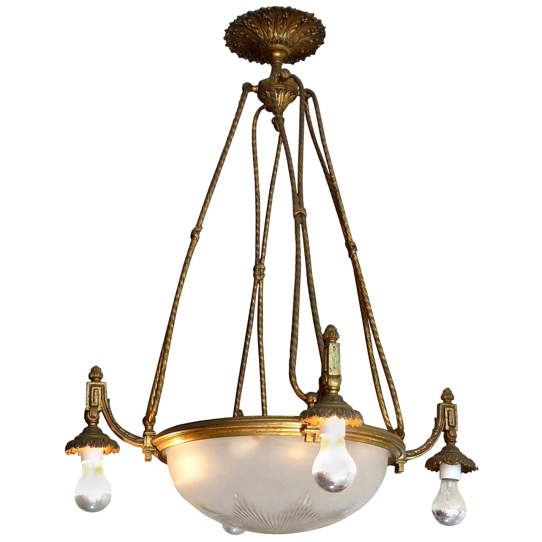 French 1940s Bronze and Crystal Chandelier with 8-Light and Frosted Cut Crystal