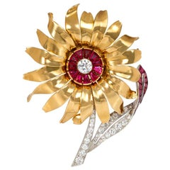 French 1940s Gold, Ruby, and Diamond Flower Brooch