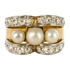 French 1940s Retro Diamonds Natural Pearls 18 Karat Yellow Gold Tank Ring