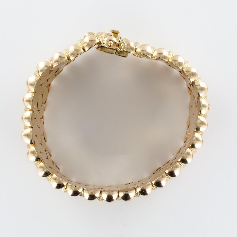 French 1950s 18 Karat Yellow Gold Honeycomb Bracelet For Sale 13
