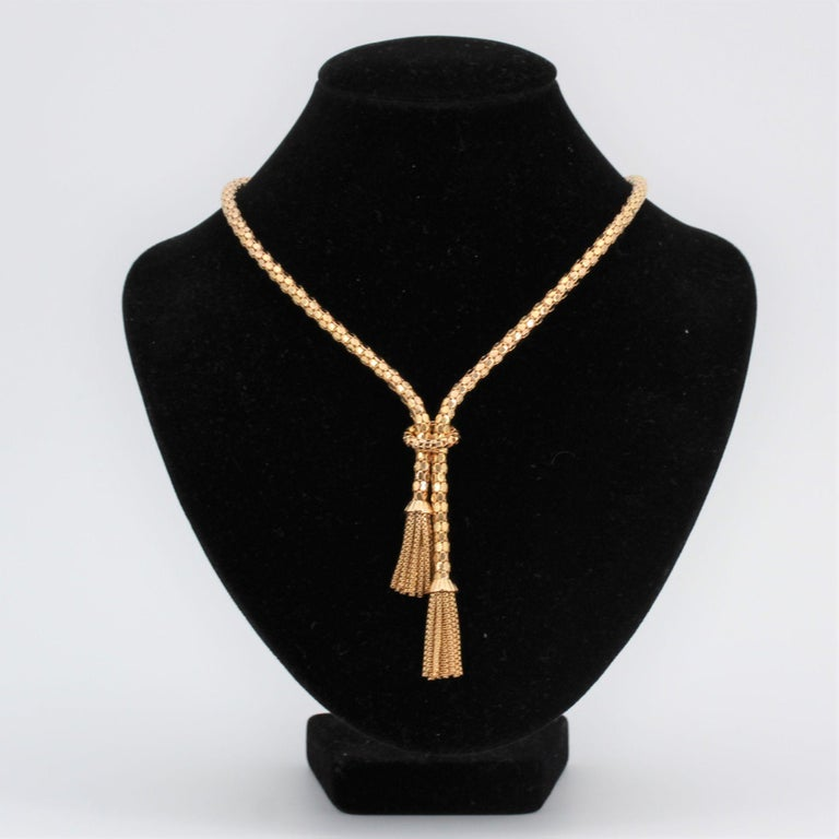 Retro French 1950s 18 Karat Yellow Gold Orvet Mesh and Tassels Necklace For Sale