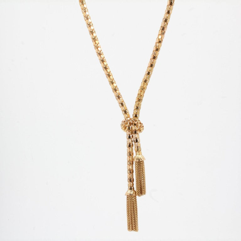 French 1950s 18 Karat Yellow Gold Orvet Mesh and Tassels Necklace For Sale 4