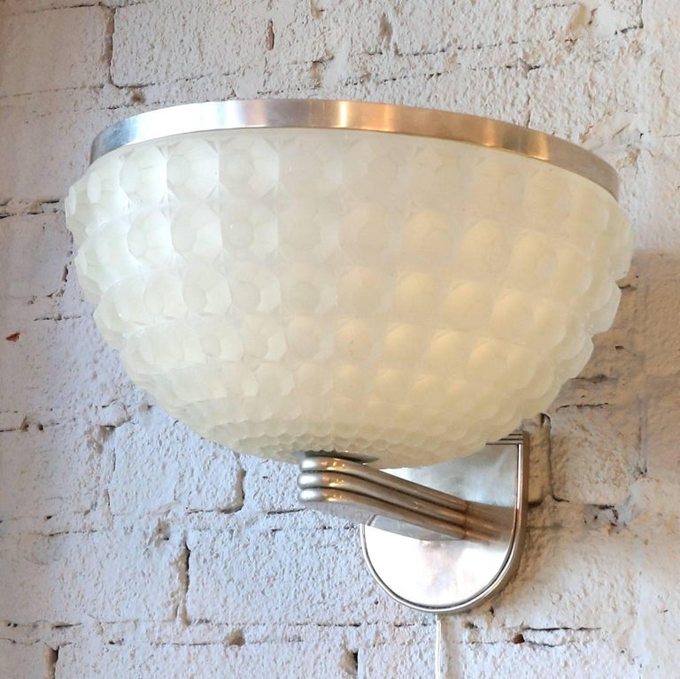 French 1950s Art Deco Chrome and Glass Sconce For Sale 5