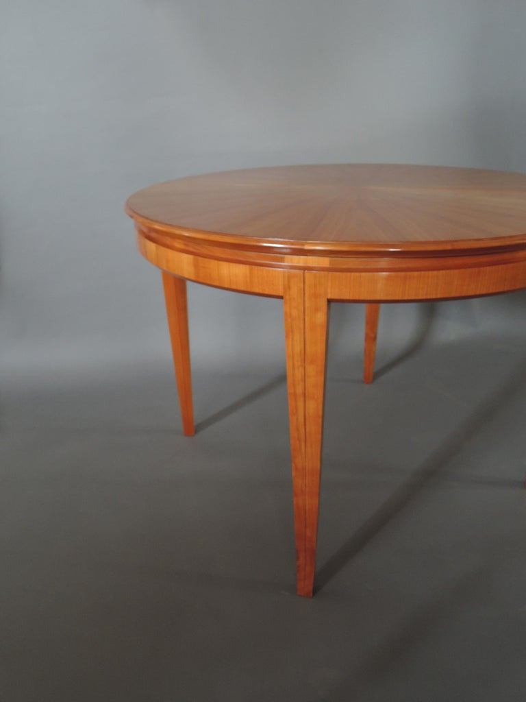 French 1950s Cherry Round Dining Table Divisible in 2 Demilune Tables For Sale 7