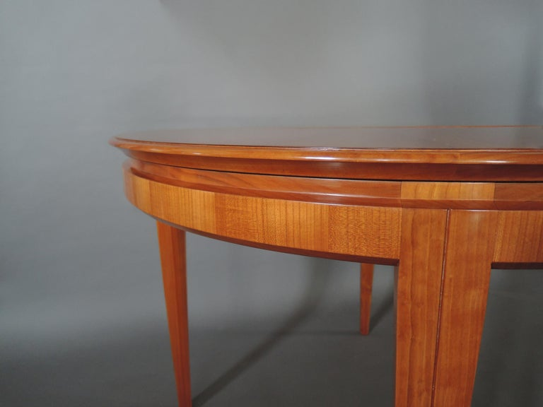 French 1950s Cherry Round Dining Table Divisible in 2 Demilune Tables For Sale 8