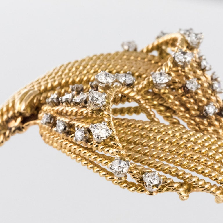 French 1950s Diamonds Platinum 18 Karat Yellow Gold Thread Bracelet For Sale 4