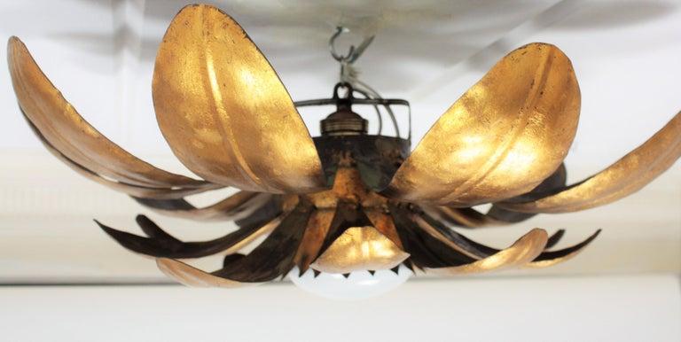 French, 1950s Gilt Iron Flower Shaped Sunburst Ceiling Flush Mount Light Fixture For Sale 7