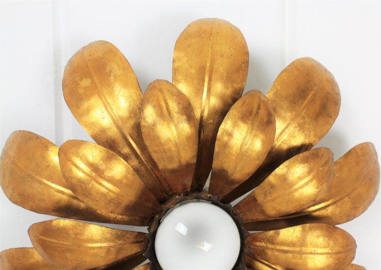French, 1950s Gilt Iron Flower Shaped Sunburst Ceiling Flush Mount Light Fixture For Sale 2
