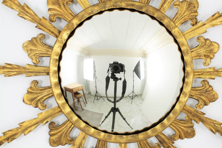 French 1950s Gilt Metal Hollywood Regency Sunburst Convex Mirror For Sale 4