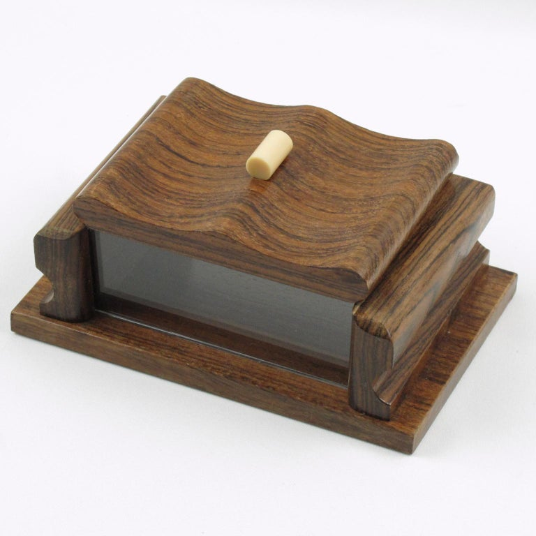 French 1950s Modernist Rosewood and Lucite Decorative Lidded Box In Excellent Condition For Sale In Atlanta, GA