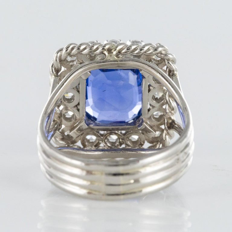 French 1950s Natural Cushion Cut Ceylon Sapphire Diamonds Platinum Ring For Sale 7