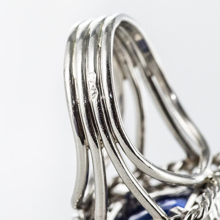 French 1950s Natural Cushion Cut Ceylon Sapphire Diamonds Platinum Ring For Sale 10