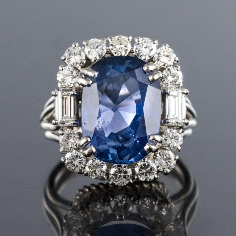 Retro French 1950s No Heat Ceylon Cushion Cut Sapphire Diamonds Platinum Cocktail Ring For Sale